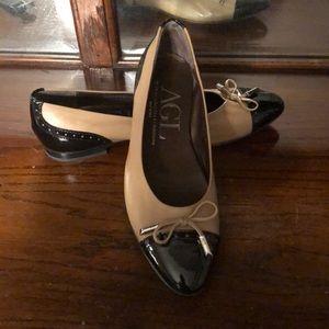 Never worn! Attilio Giusti Leombruni Flats